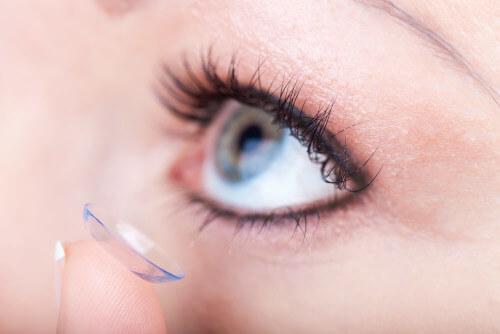 jak dbać o soczewki - 5 kroków